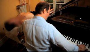 touché piano